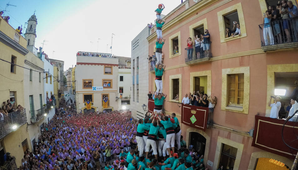 P8fm dels Castellers de Vilafranca al Catllar.