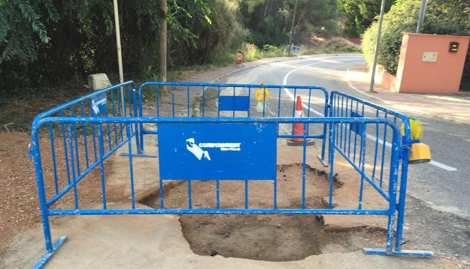 Ematsa repara la fuita d'aigua de Cala Romana