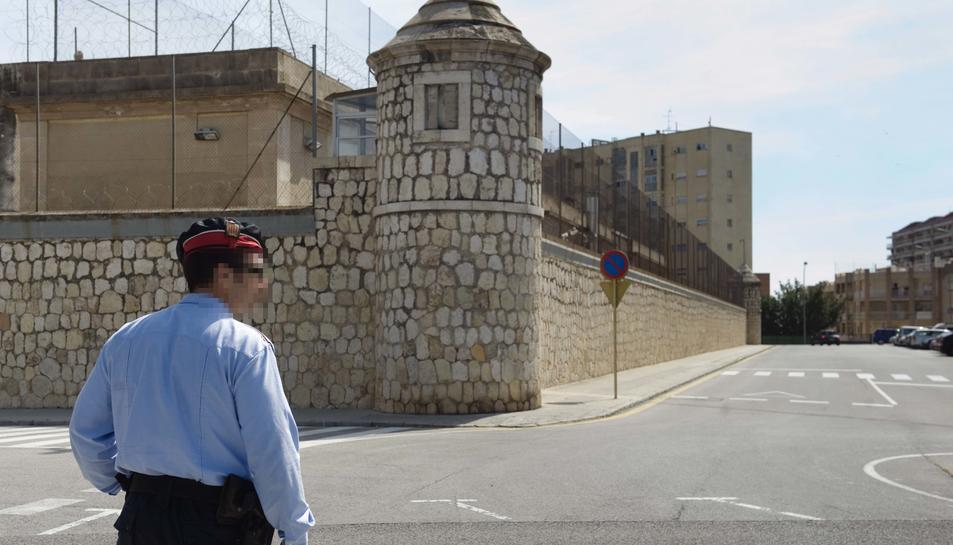 Fins a 340 persones rebutgen el centre penitenciari obert al Parc Francolí