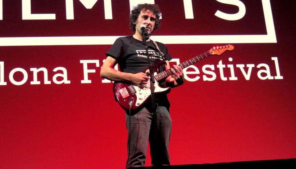 Un moment d'una actuació del cantautor de Barcelona.