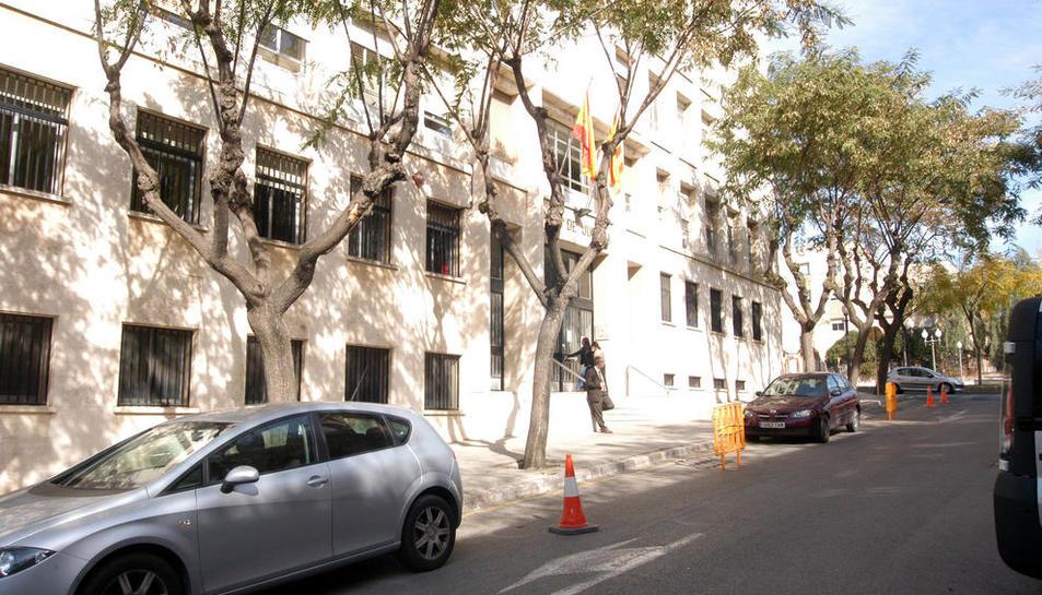 El Suprem absol un advocat que va estafar 6.000 euros a una anciana analfabeta