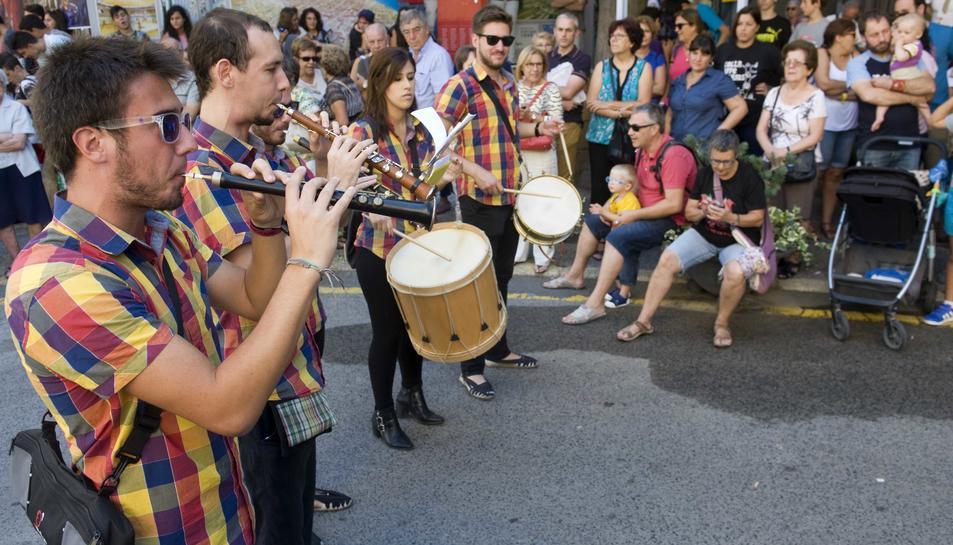 La normativa que regularà la música al carrer estarà enllestida a l'abril