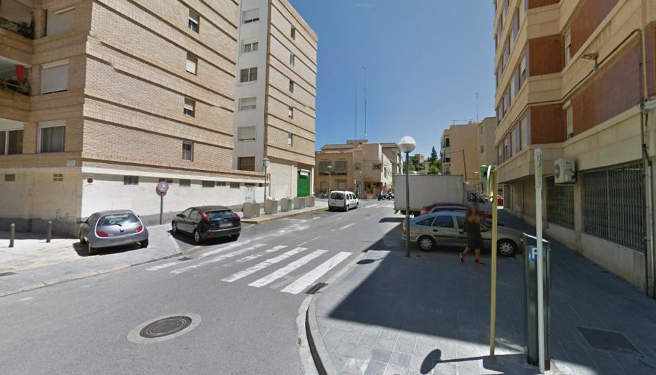 Els Mossos busquen un lladre que ha entrat a robar en un bar