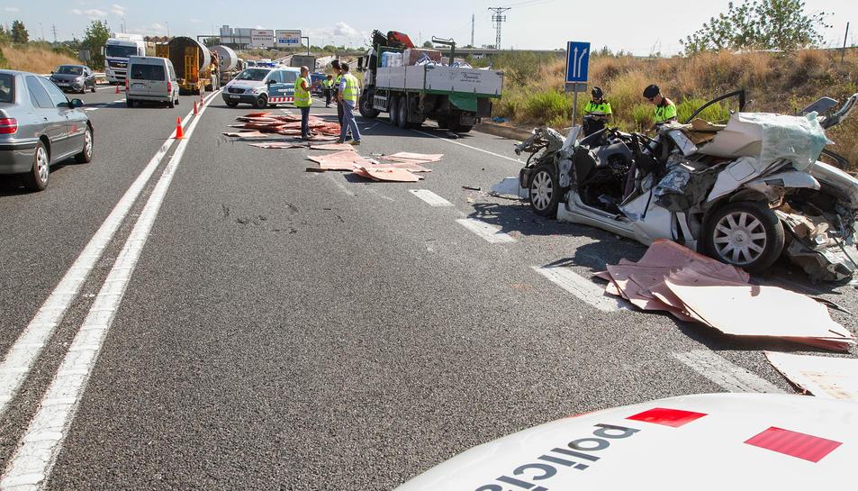 La càrrega d'un segon camió ha estat la causa de la mort del conductor del vehicle.