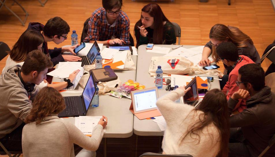 Més de 30.000 alumnes tarragonins treballen amb eduCaixa durant el curs 2015-2016
