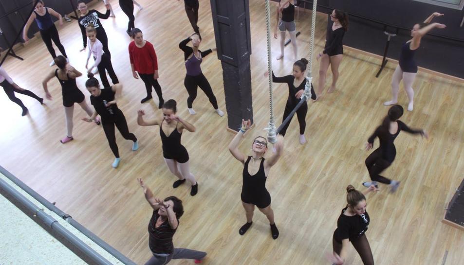 Reus posposa la formació reglada en circ i l'enllaç amb l'Institut del Teatre