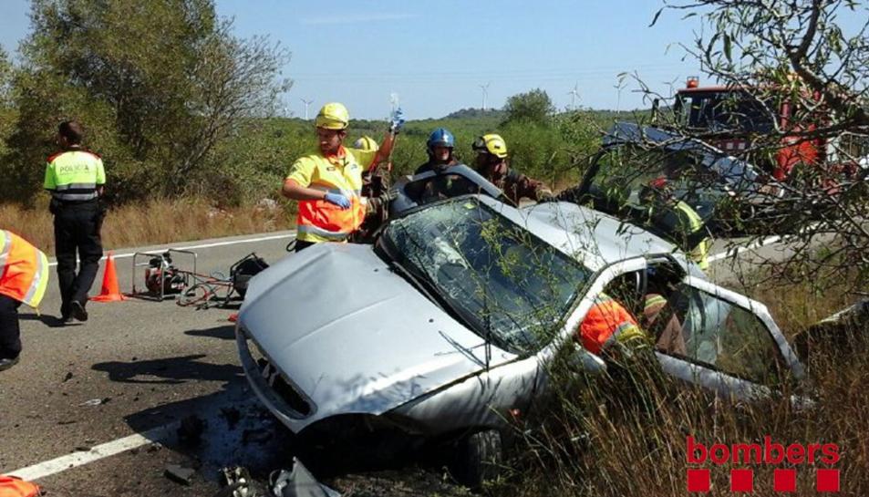Un ferit greu i un altre lleu en un accident al Perelló