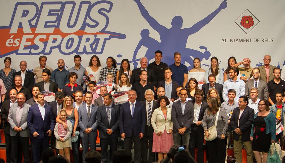 La fotografia de família dels premiats.