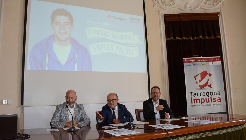 Imatge de l'acte de presentació dels cursos de formació en àmbit digital.