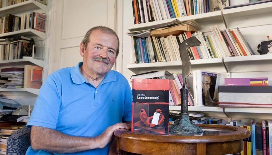 Jordi Tiñena llença una obra rica en matisos, actual, viva i de singulars relacions personals.