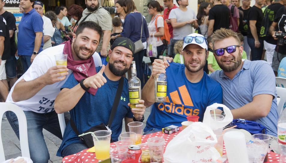 El 'Cafè copa i puro per un duro' és un dels actes més multitudinaris de les Festes.