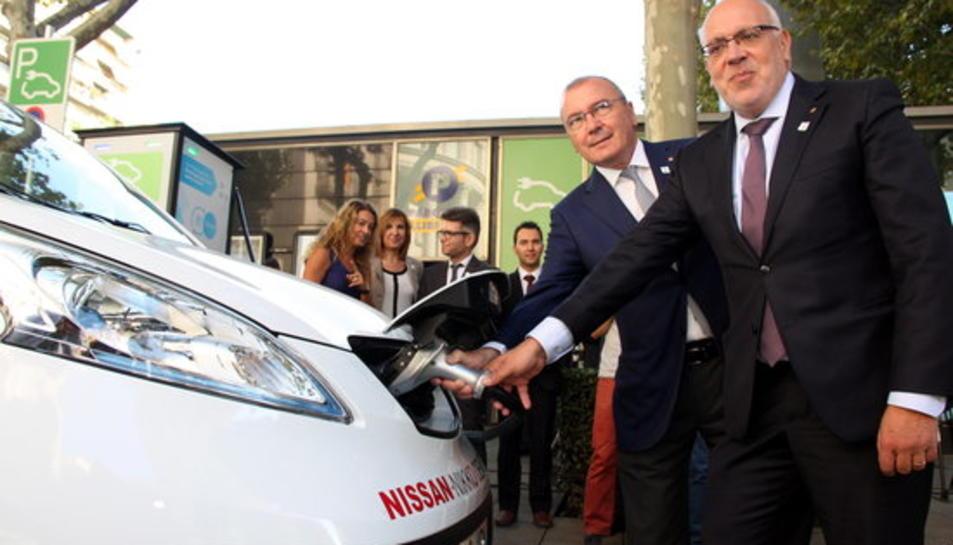 Es triplica l'ús de les estacions de recàrrega de vehicles elèctrics gràcies al nou punt ràpid