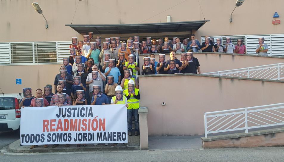 Treballadors d'Endesa protesten per l'acomiadament «injust i arbitrari»d'un company