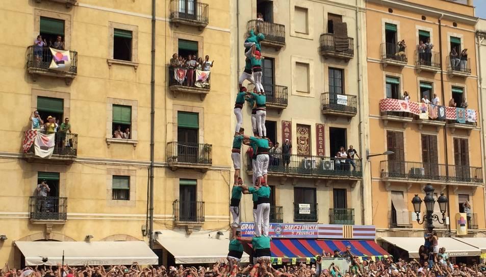 3de8 dels Castellers de Sant Pere i Sant Pau a la diada de Santa Tecla.