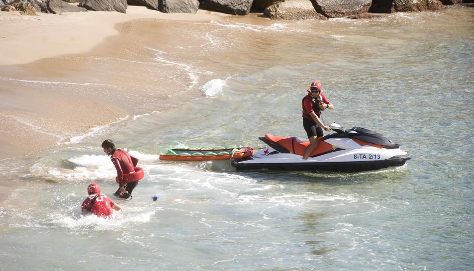 Creu Roja dóna assistència al cinquanta per cent de les platges de l'Estat, 75 d'elles a Catalunya.