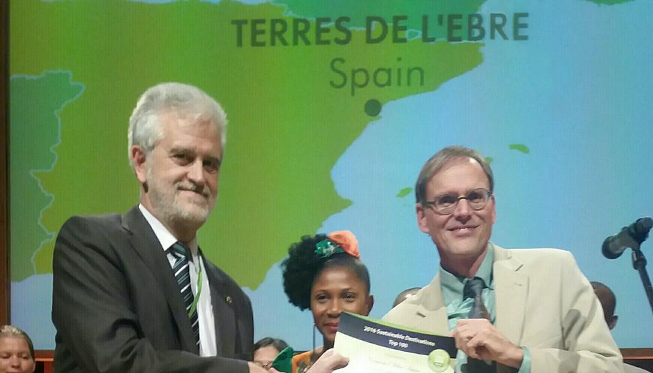 El President del Patronat de Turisme de la Diputació de Tarragona, Martí Carnicer, va recollir el guardó.