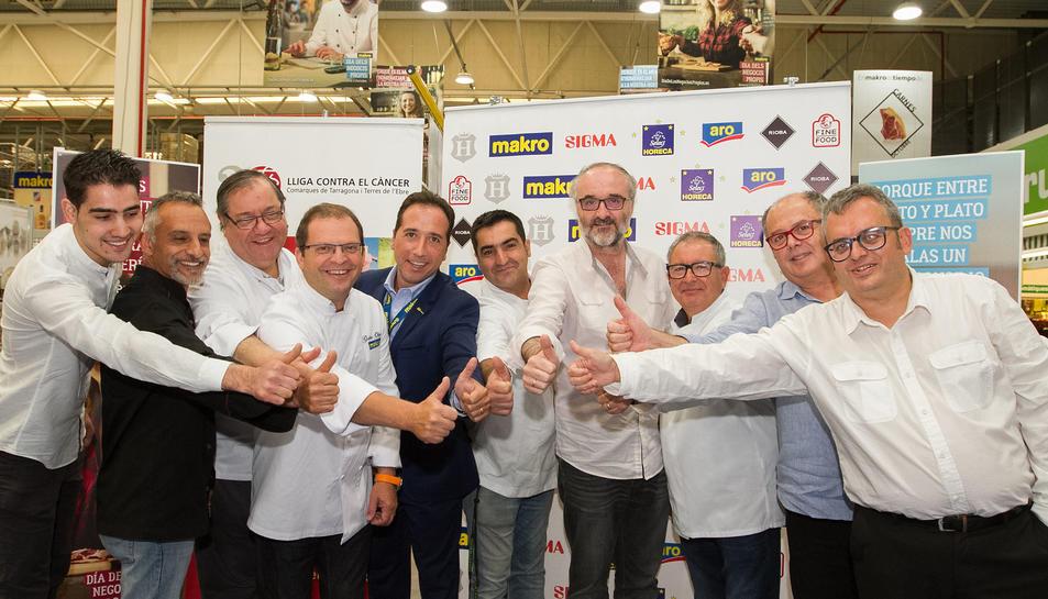 Els restauradors guardonats s'uneixen a altres cuiners i al pastisser Gilbert García, de la Boella, i al responsable de Makro.