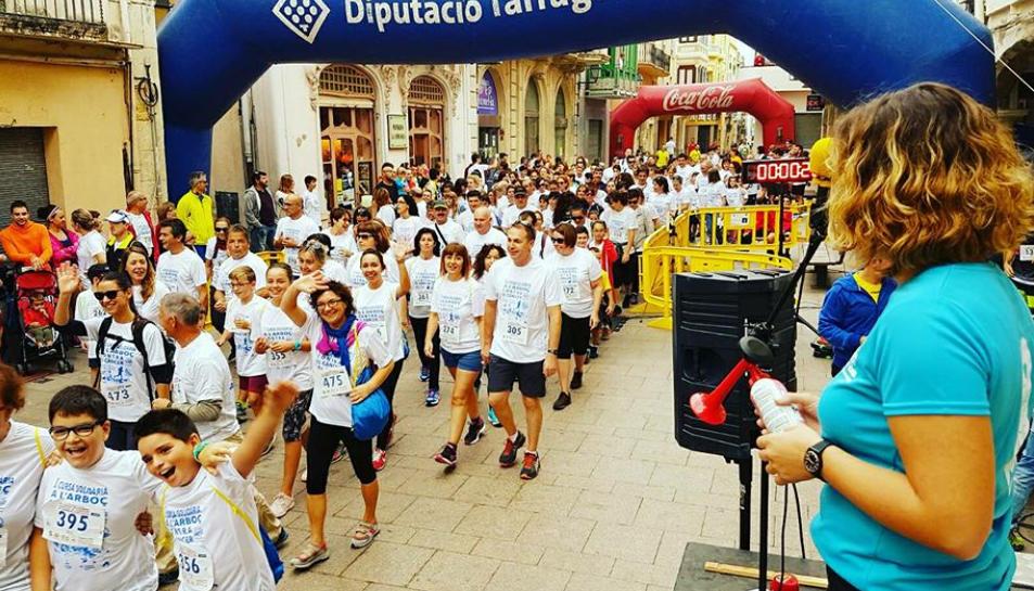 Més de 500 persones participen en la primera Cursa contra el càncer de l'Arboç