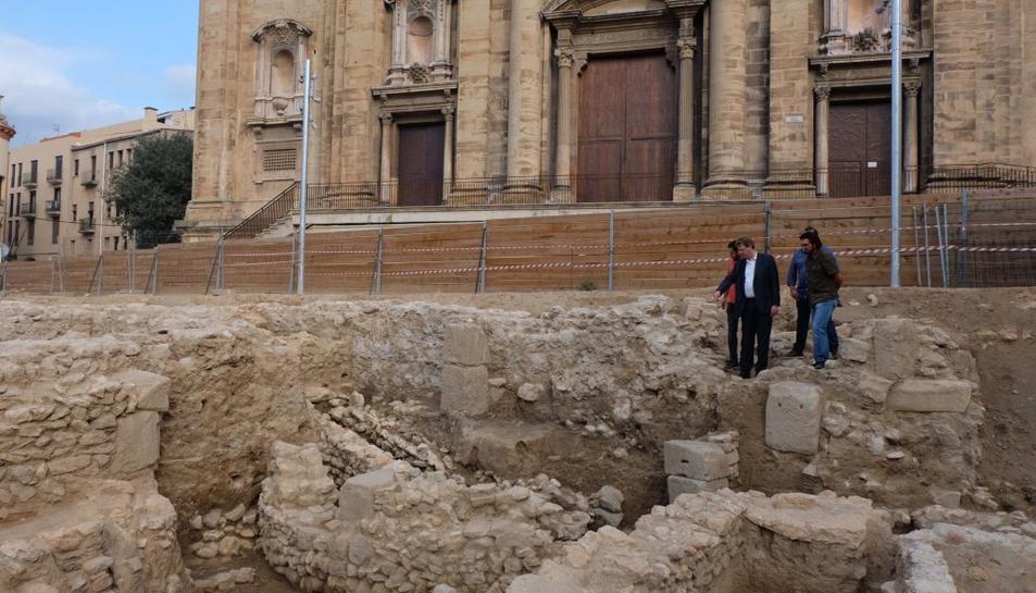L'absis trobat durant les excavacions del solar de davant de la catedral.