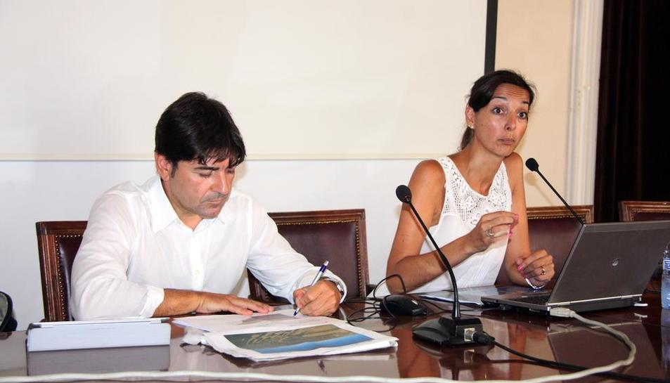 Imatge d'arxiu de l'actual gerent Carles Sans i Patricia Antón, que va ser regidora de Turisme.