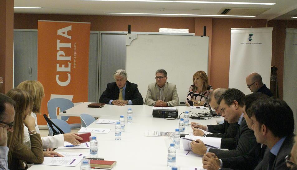 Els representants del món empresarial es van reunir ahir al Consell Comarcal del Tarragonès.