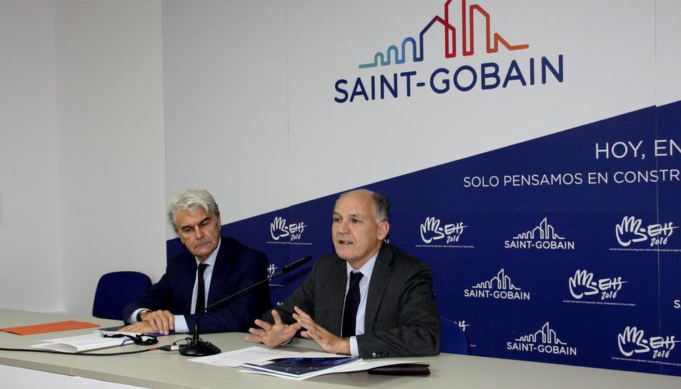El president mundial de Saint Gobain, Pierre André de Chalendar, i el delegat general a Espanya, Gianni Scotti.