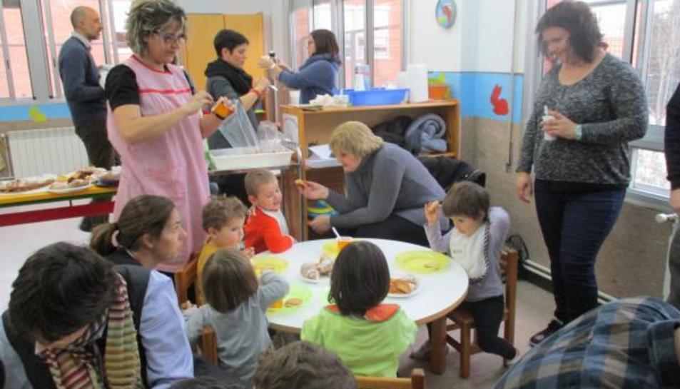 Les famílies usuàries de les escoles bressol municipals de Reus opten a subvencions tant per l'escolarització com de menjador.