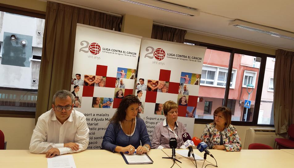 Joana Carrasco, vice-presidenta, Lídia Pascual, delegada de Tarrgona, Francina Saladie, doctora de la Funca i David Ortega, director de la Lliga.