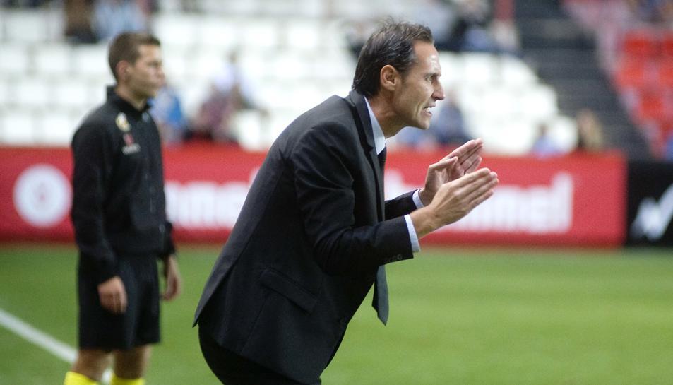 Vicente Moreno, durant el partit contra el Saragossa.