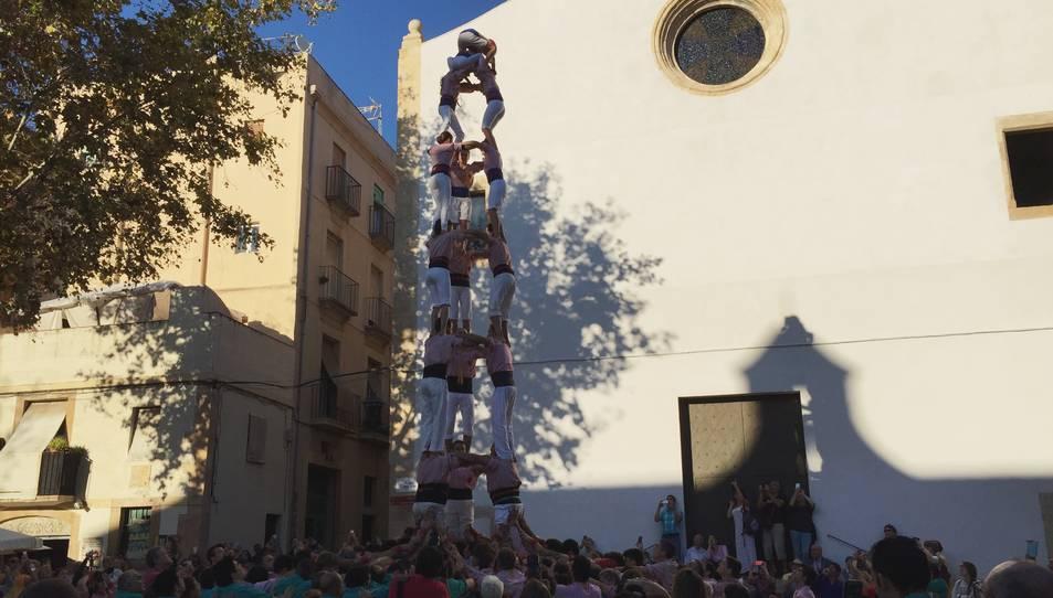3de8 dels Xiquets de Tarragona a la plaça del Rei.