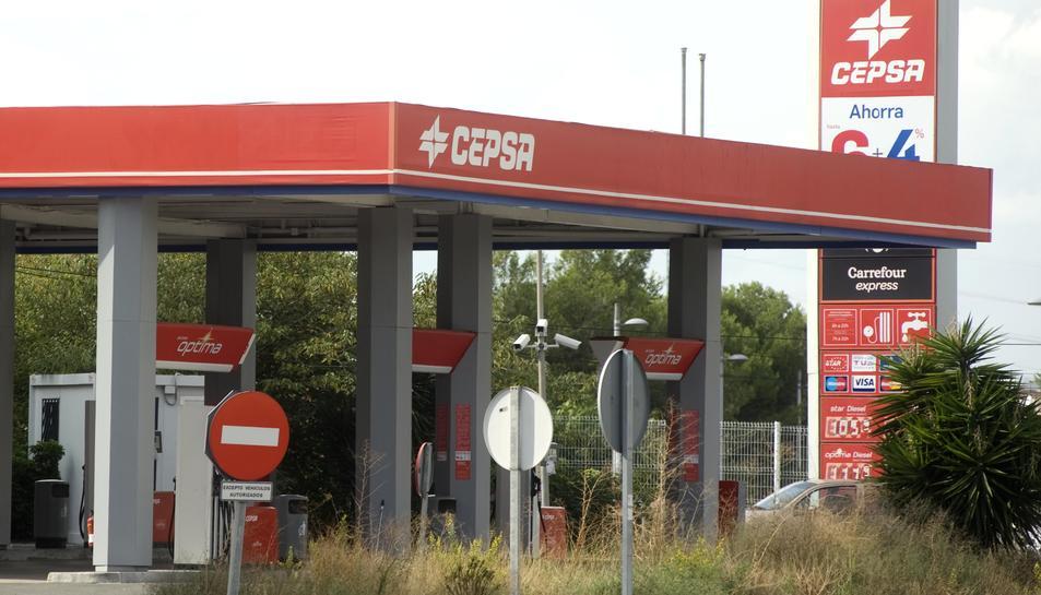 La benzinera Cepsa del barri de la Floresta, ja té aquest servei.