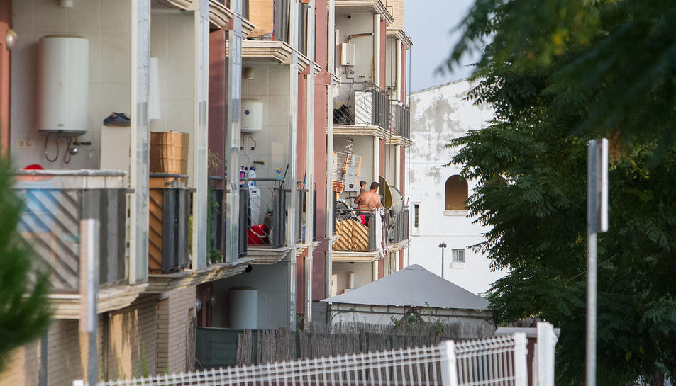 La gran majoria dels veïns del bloc 9 han decidit marxar.