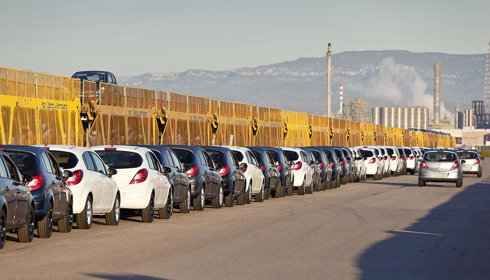 Imatge d'arxiu de la terminal de vehicles del Port de Tarragona.