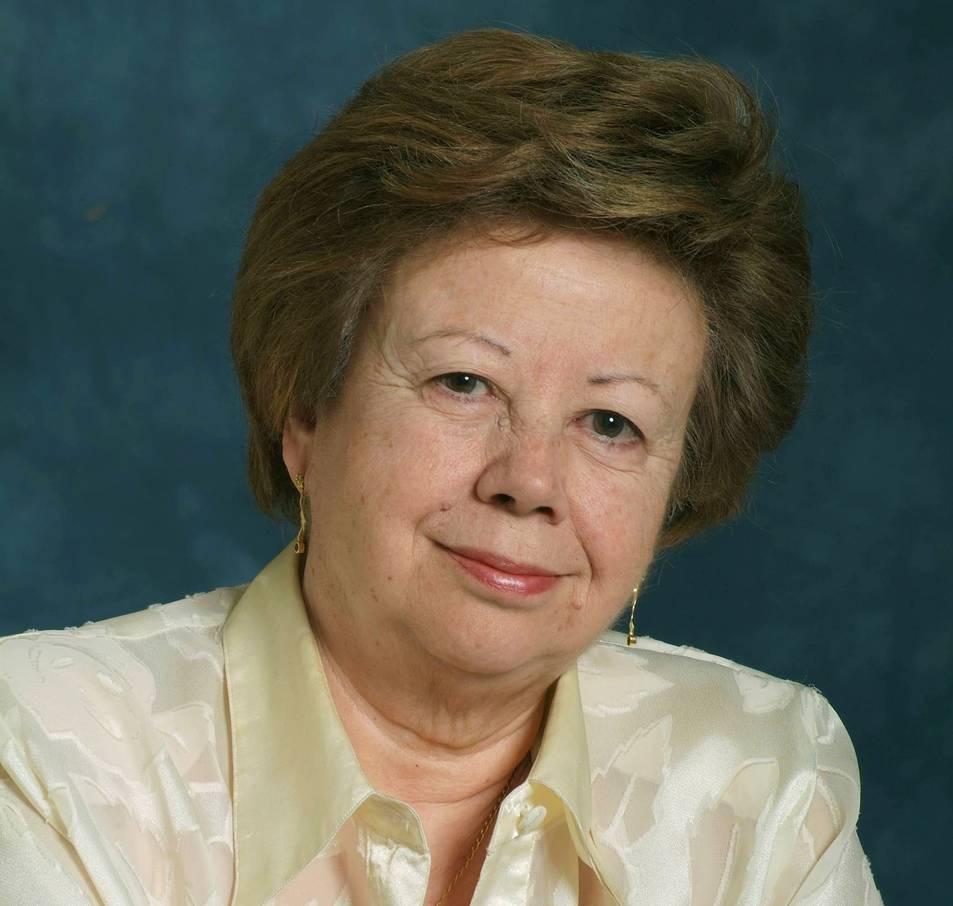 L'exposició d'Olga Xirinacs es du a terme en motiu del seu 80 aniversari.