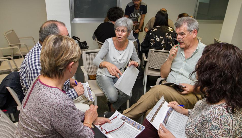 Aquest dijous es va fer la primera sessió de debat de les propostes al Centre Cívic i Cultural el Colomí.