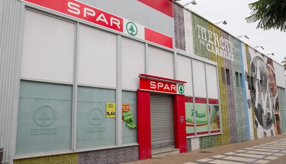 L'establiment Spar del Mercat del Carrilet.