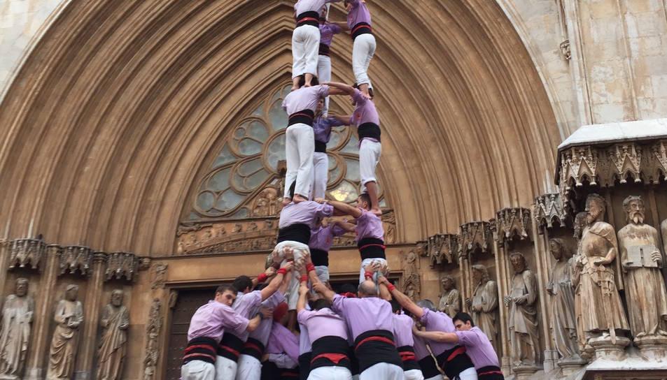 3de9f de la Colla Jove de Tarragona a la Diada de l'Esperidió al Pla de la Seu.