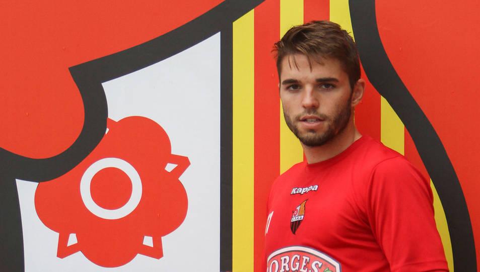 L'atacant tarragoní Fran Carbia, a les instal·lacions de l'Estadi, després de l'entrenament d'ahir.