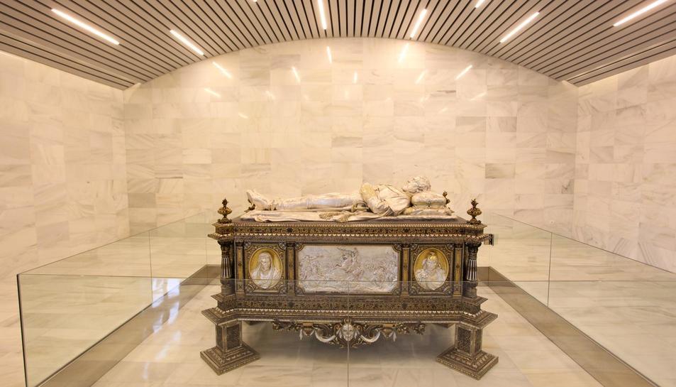 Imatge del mausoleu del general Prim a Reus.