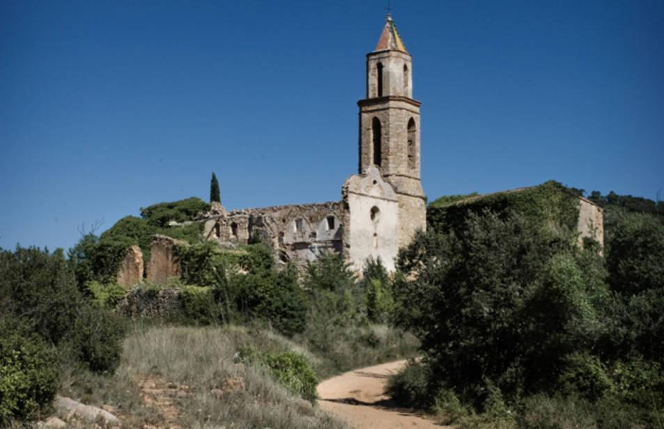 Al nucli abandonat de Marmellar s'hi va trobar una noia morta l'any 1993.