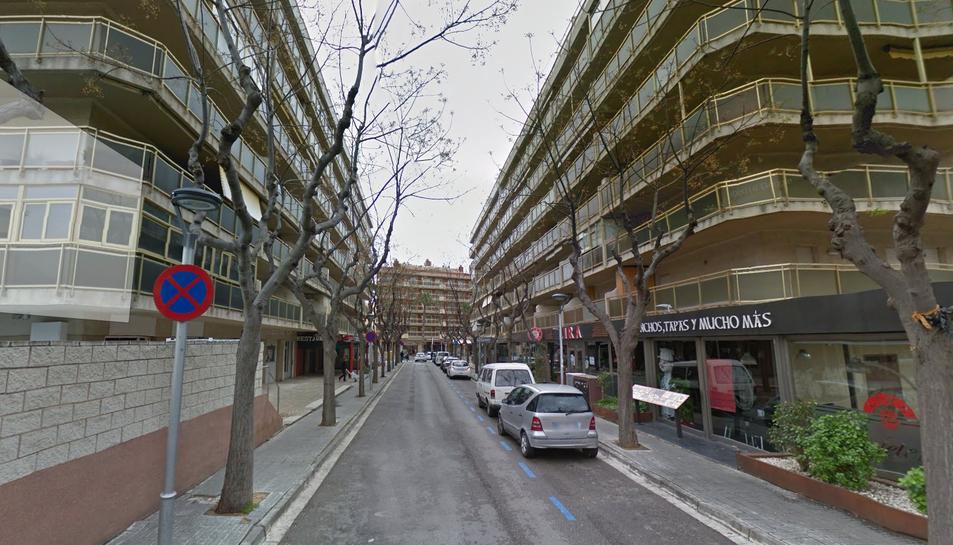 Els fets van passar el gener del 2014 al carrer Escaladei de Salou.