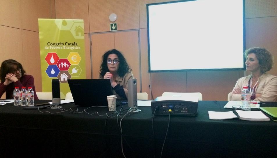 La consellera de Serveis a la Persona, Ana Santos, al I Congrés Català de Pobresa Energètica