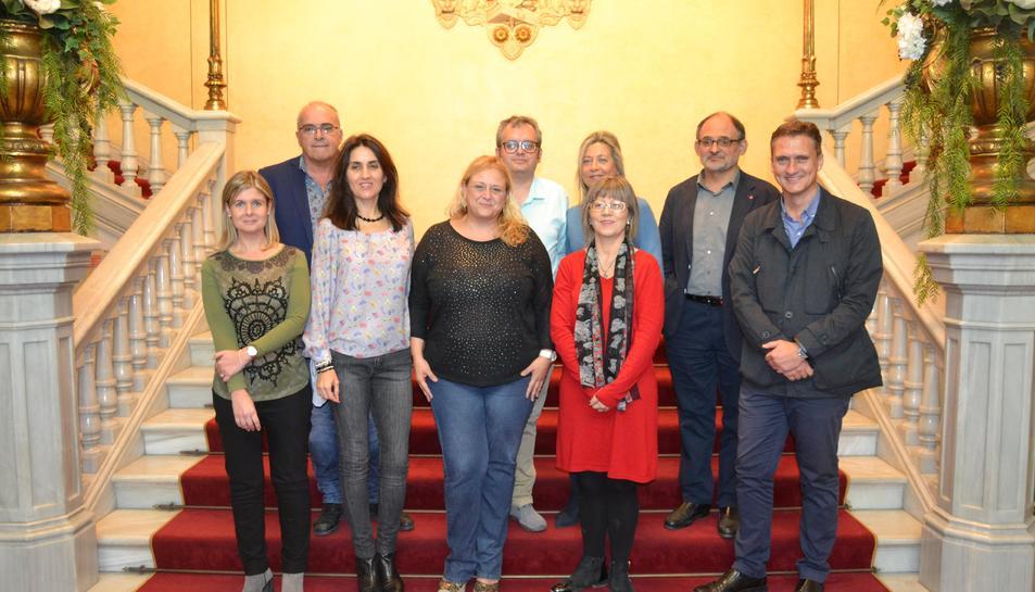 Els assistents a la presentació de la gala al Teatre Fortuny.