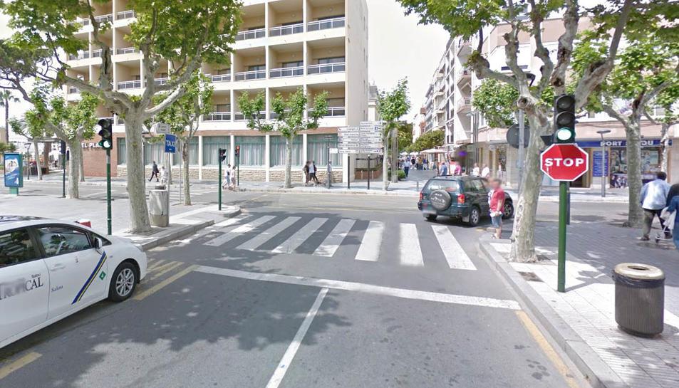 Els fets van tenir lloc en un pas de zebra del carrer Major.