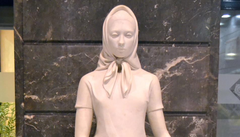 L'escultura 'La Pubilla', de Joan Rebull.