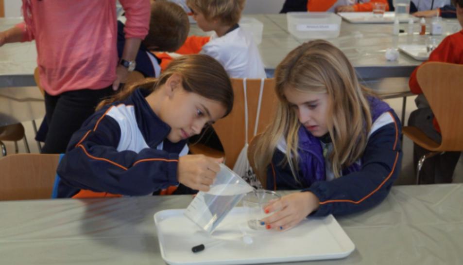 En marxa els primers tallers de la Setmana de la Ciència a la URV