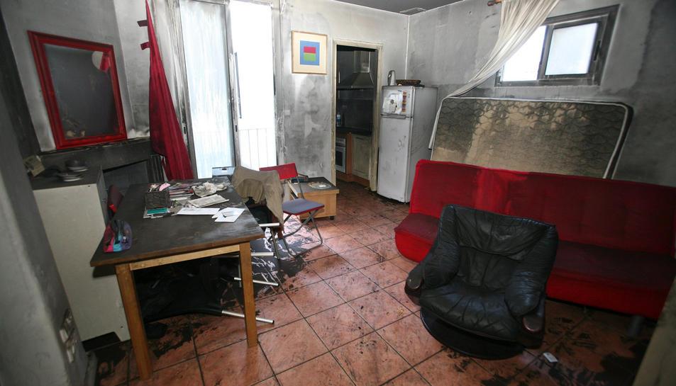 L'interior del pis on vivia l'àvia.