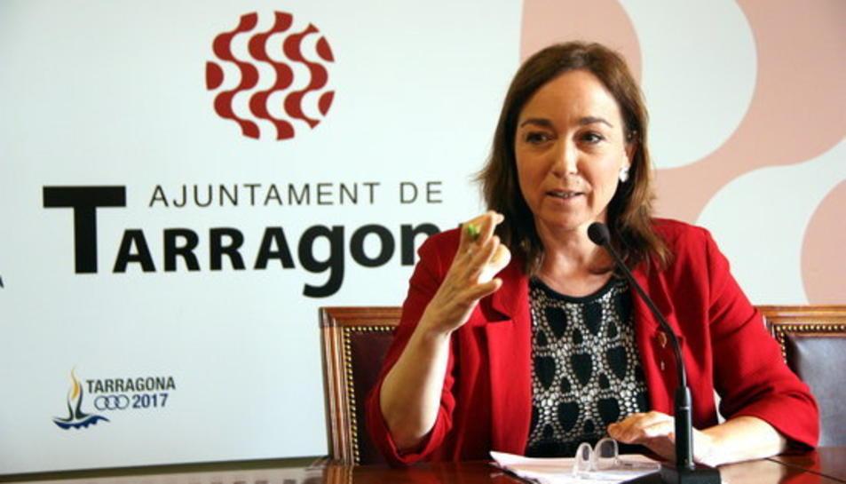 imatge d'arxiu de la portaveu del govern de Tarragona, Begoña Floria, en una roda de premsa.
