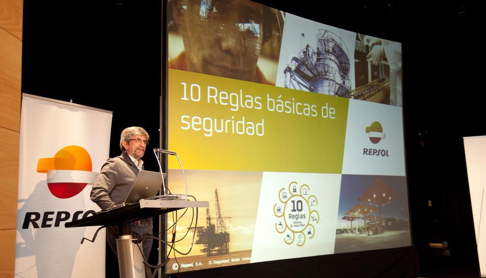 Repsol ha informat en la reunió del seguiment i els èxits assolits en Seguretat i Medi Ambient, així com de les grans línies estratègiques de la companyia en la matèria.