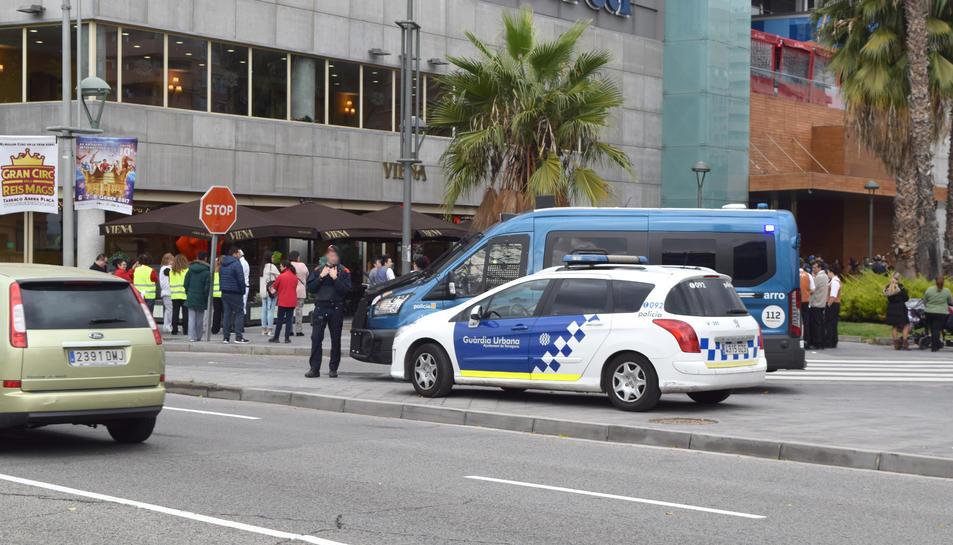 Guàrdia Urbana i Mossos d'Esquadra també hi han participat.